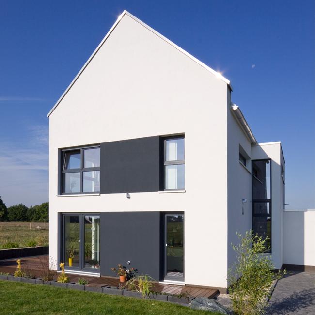 Moderne Satteldachhäuser 03breitenbach rueckseite jpg